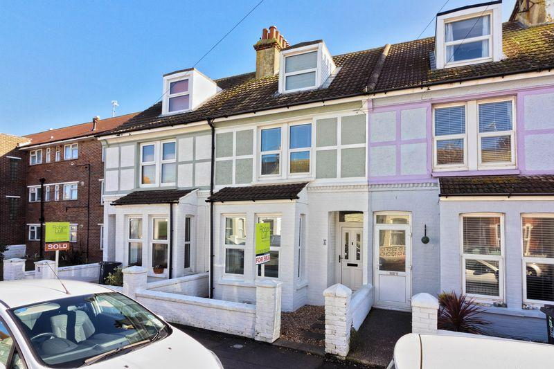 4 Bedrooms Terraced House for sale in Cecil Road, Lancing
