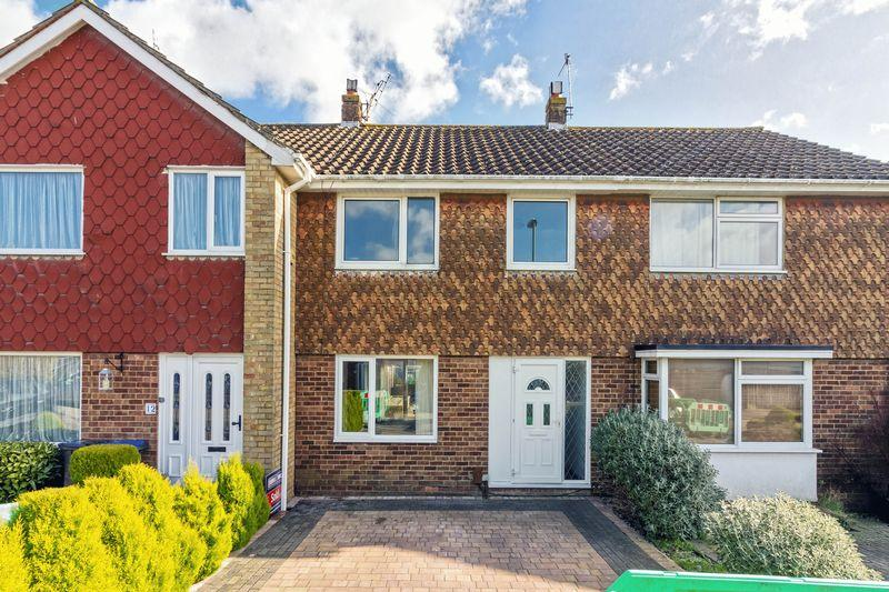 3 Bedrooms Terraced House for sale in Dankton Gardens, Lancing