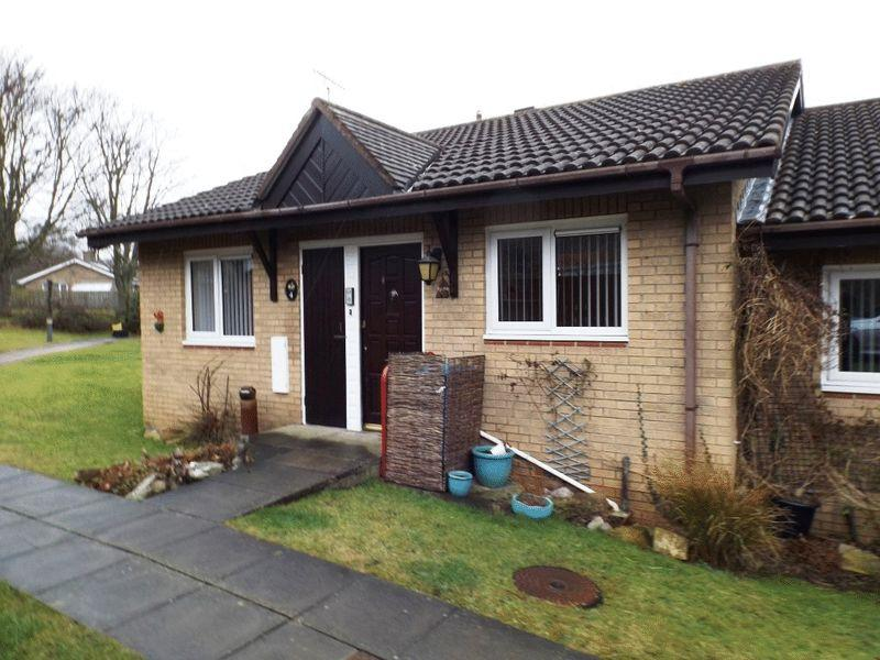 2 Bedrooms Bungalow for sale in Hawthorn Court, Morpeth