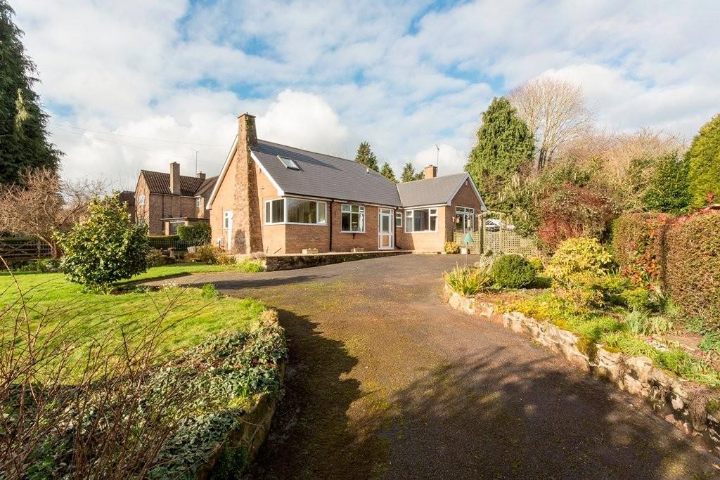 3 Bedrooms Bungalow for sale in Newport Road, Stafford
