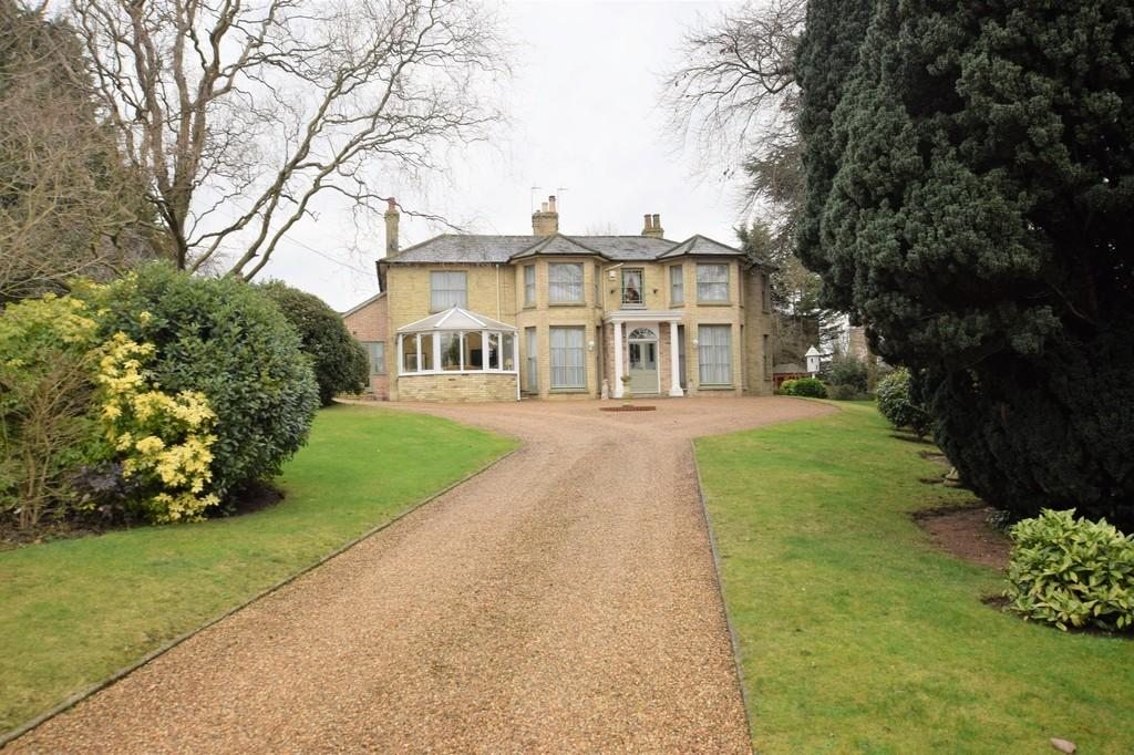 4 Bedrooms Detached House for sale in Newton House, Newton Road, C010