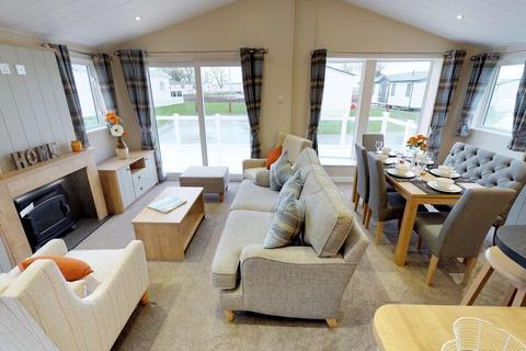 3 bedroom park home for sale - Hoburne Holidays, Naish,