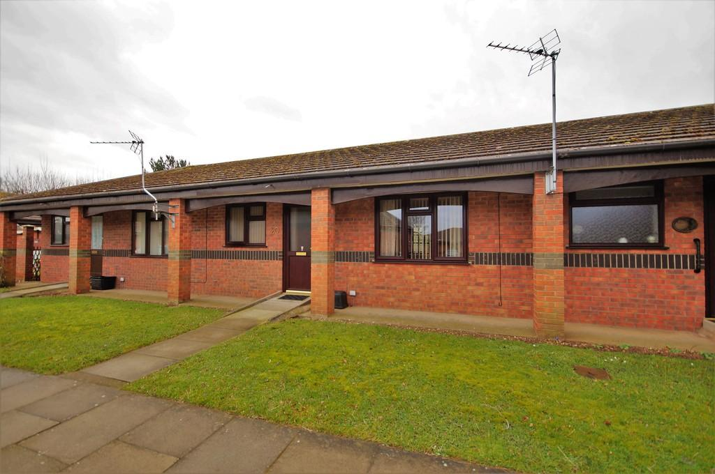1 Bedroom Terraced Bungalow for sale in St. Claires Court, Lincoln