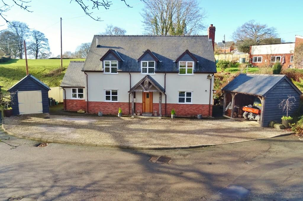 3 Bedrooms Cottage House for sale in Forden, Welshpool