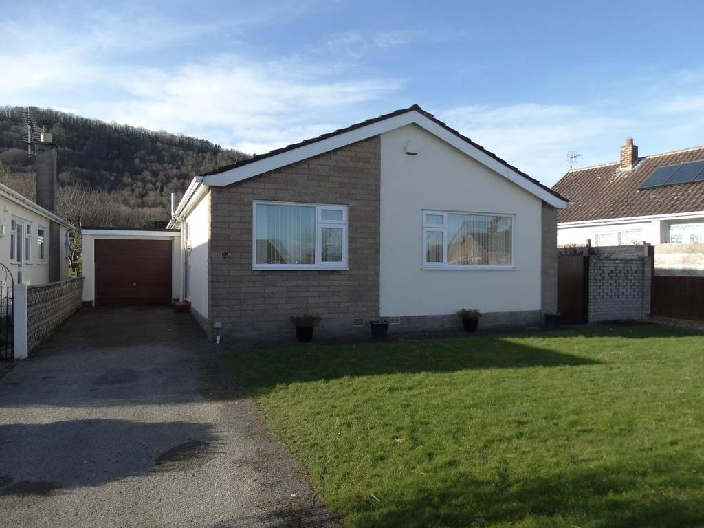 2 Bedrooms Detached Bungalow for sale in 58 The Dale, Abergele, LL22 7DT