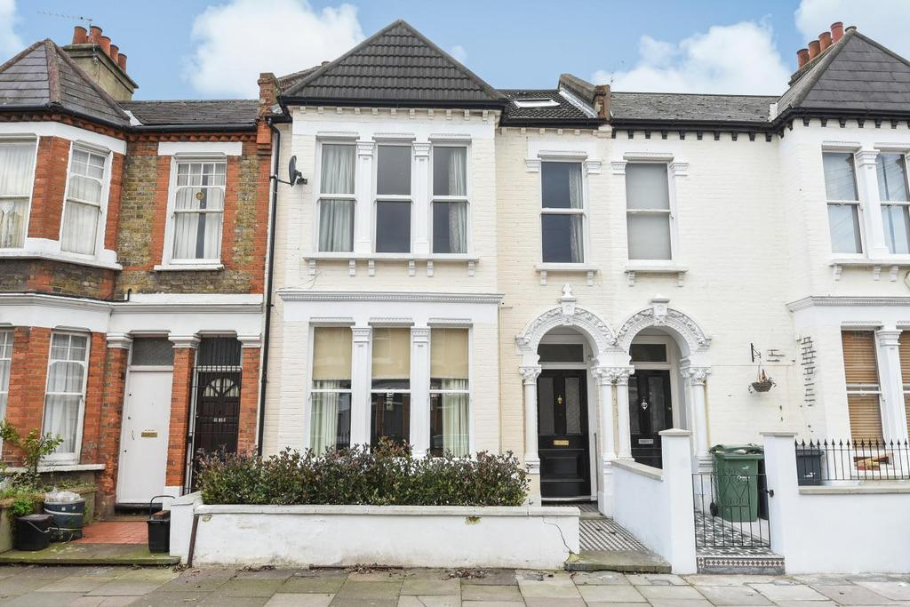 3 Bedrooms Flat for sale in Littlebury Road, Clapham