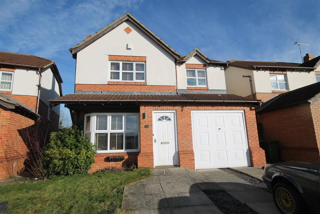 4 Bedrooms Detached House for sale in Hutton Close, Fishburn, Stockton-On-Tees