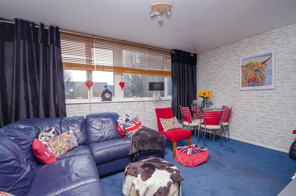 2 Bedrooms Apartment Flat for sale in Lambard House, Wheeler Street, Maidstone, ME14