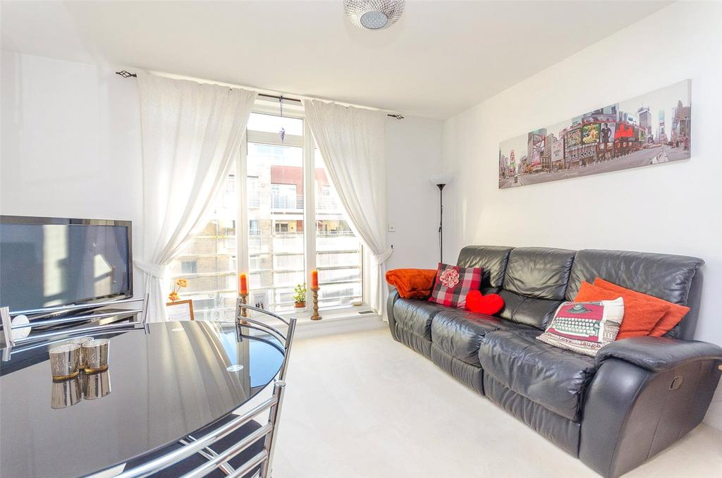2 Bedrooms Apartment Flat for sale in Kingfisher Meadow, Maidstone, Kent, ME16