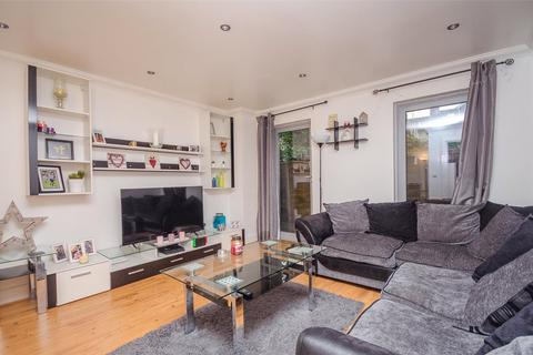 1 bedroom apartment for sale - Orchard Close,  Orchard Street, Maidstone, ME15