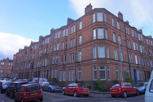 1 Bedroom Flat for sale in 3/1, 4 Kildonan Drive, Glasgow, G11 7XA