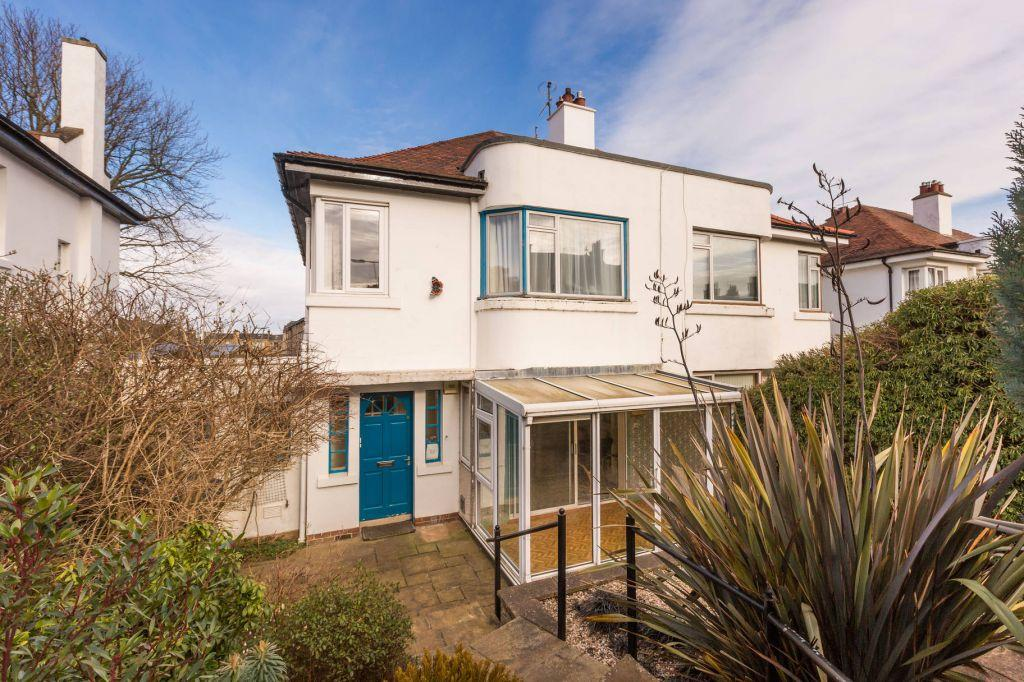 3 Bedrooms Semi Detached House for sale in 120 Morningside Drive, Edinburgh, EH10 5NS