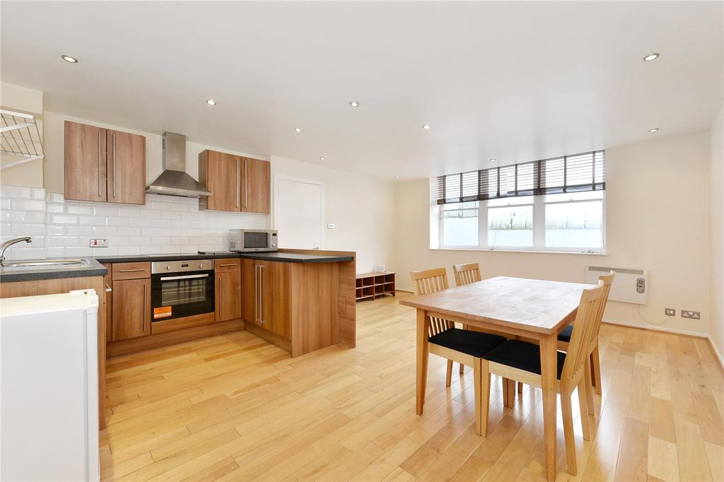 2 Bedrooms Flat for sale in Mission Building, 747 Commercial Road, London