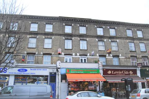 2 bedroom flat to rent - The Vale, Acton , London W3