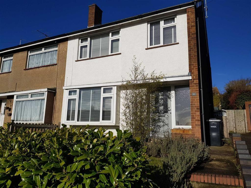 3 Bedrooms Semi Detached House for sale in Lindsay Avenue, Hitchin, SG4