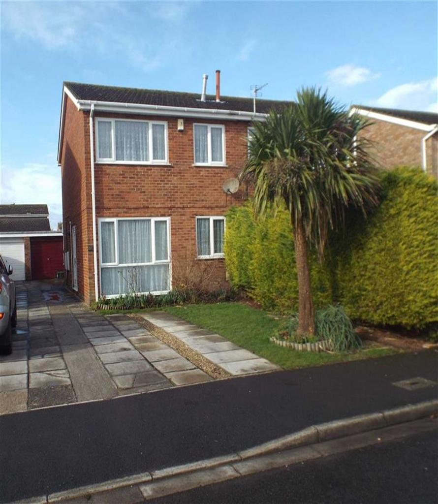 3 Bedrooms Semi Detached House for sale in Coleridge Gardens, Burnham On Sea