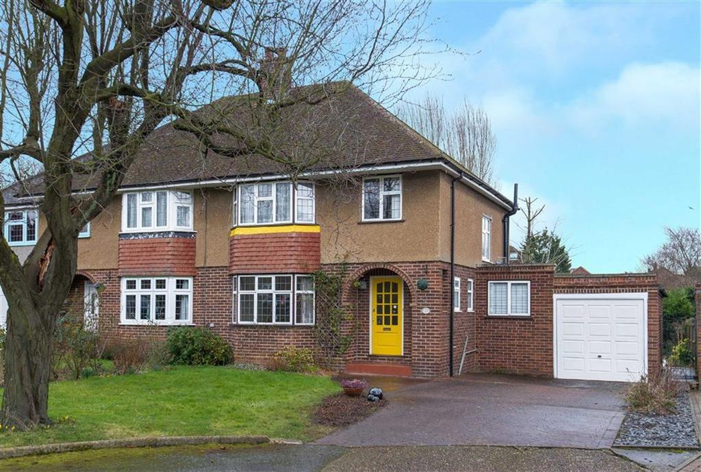 3 Bedrooms Semi Detached House for sale in Kent Gardens, Eastcote, Middlesex
