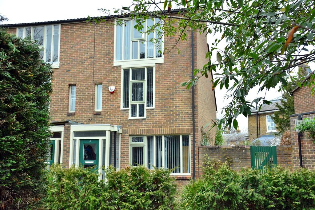3 Bedrooms End Of Terrace House for sale in Holm Walk, Blackheath, London, SE3