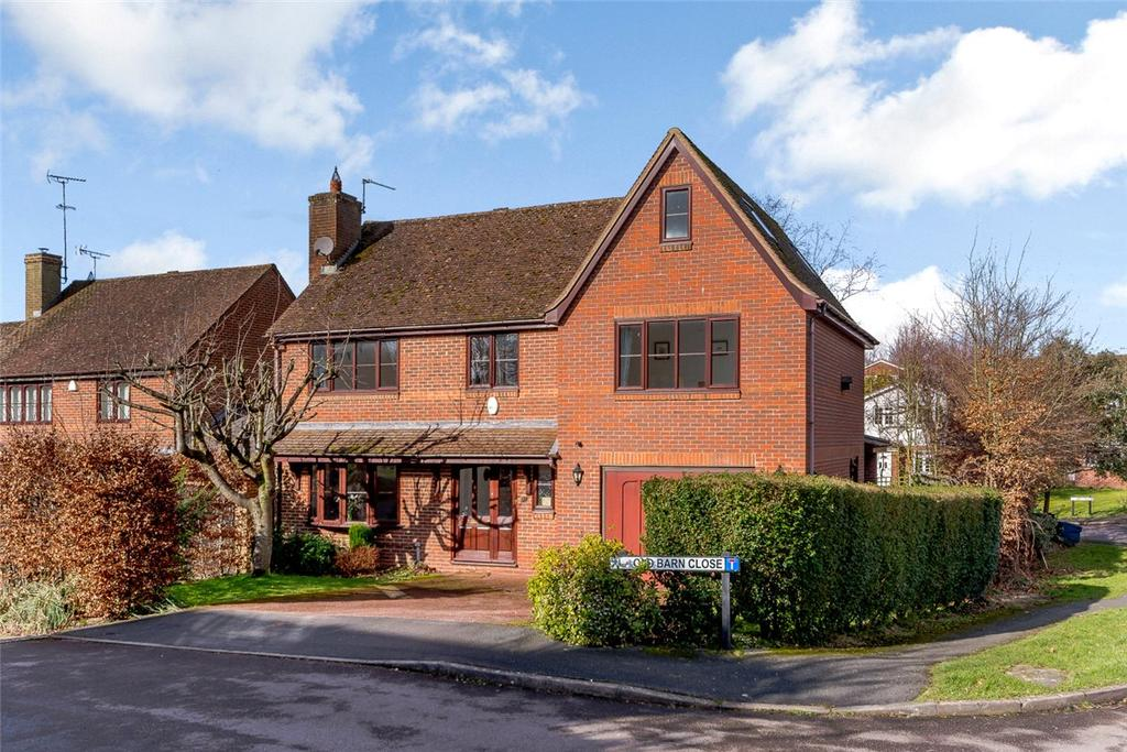5 Bedrooms Detached House for sale in Old Barn Close, North Waltham, Basingstoke, Hampshire, RG25