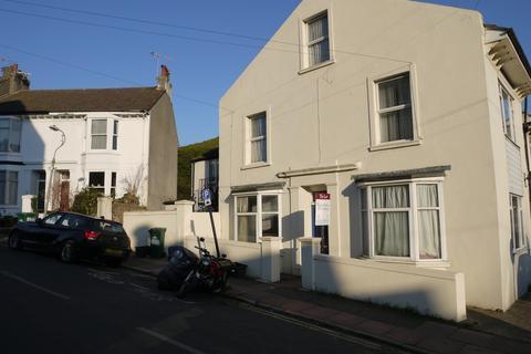 2 bedroom apartment to rent - Old Shoreham Road, Brighton, BN1