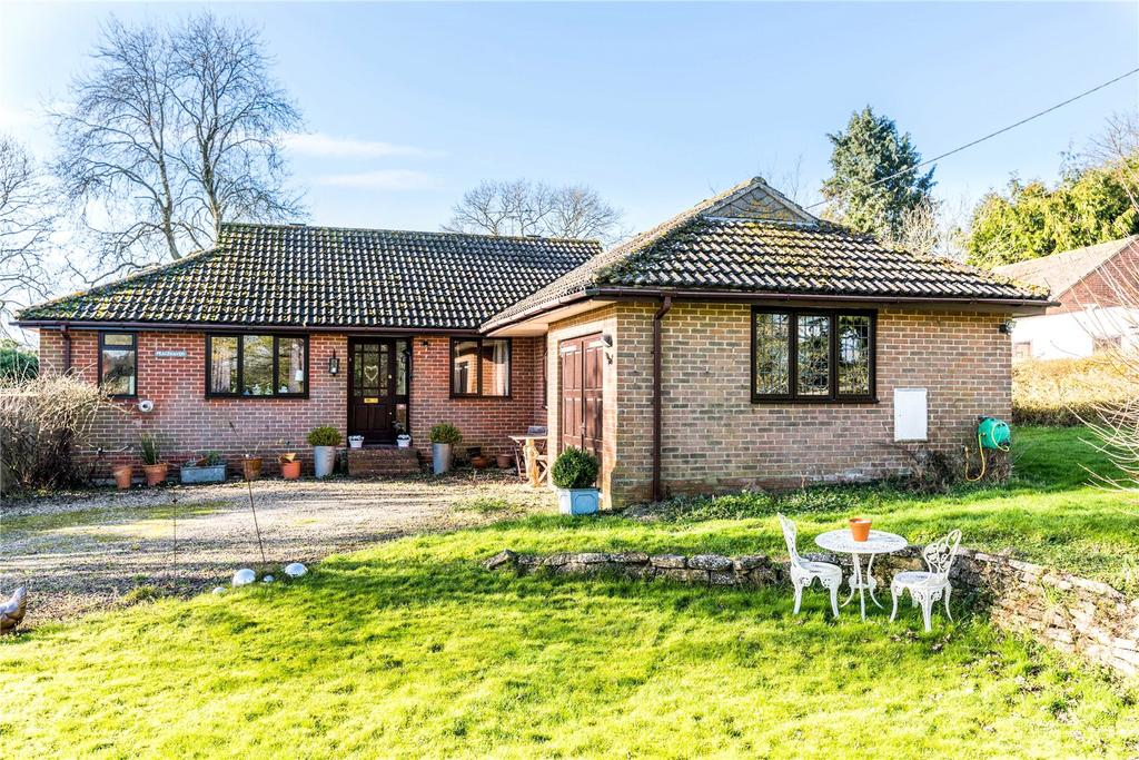 4 Bedrooms Detached Bungalow for sale in The Street, West Winterslow, Salisbury