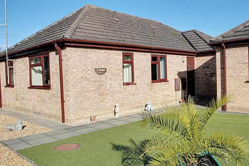 3 Bedrooms Bungalow for sale in Townsend, Soham, Ely