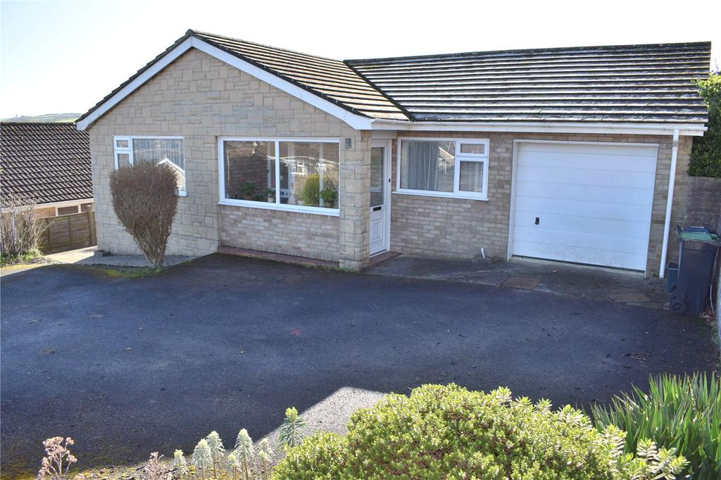 3 Bedrooms Detached Bungalow for sale in Elizabeth Avenue, Bridport, Dorset