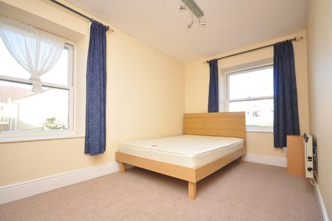 2 bedroom flat to rent - Lawrence Road Southsea PO5