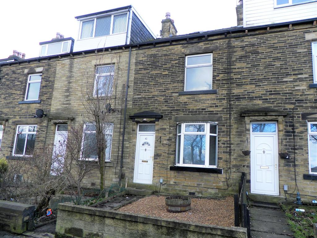 2 Bedrooms Terraced House for sale in Cleckheaton Road, Low Moor, BD6 1BE