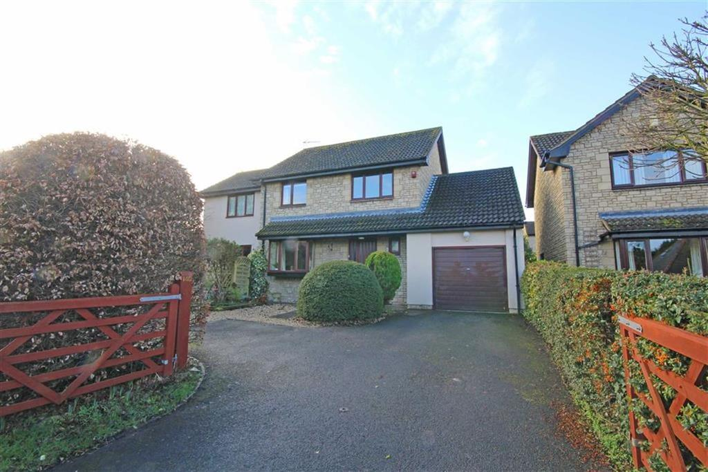 4 Bedrooms Detached House for sale in Station Road, Woodmancote, Cheltenham, GL52