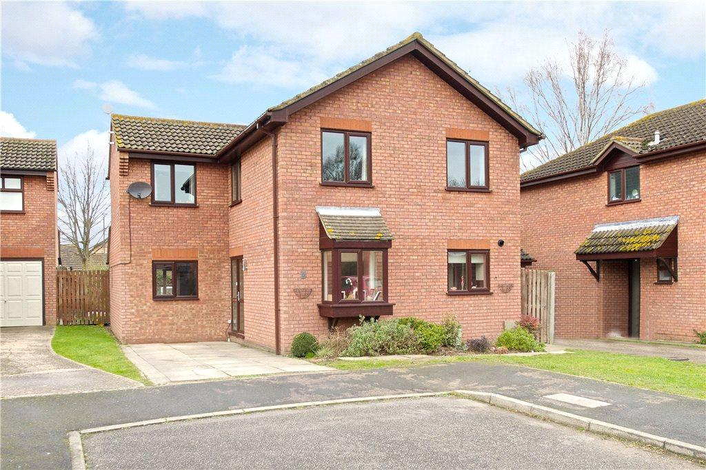 4 Bedrooms Detached House for sale in Ranelagh Gardens, Newport Pagnell, Buckinghamshire