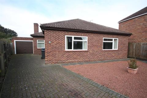 2 bedroom detached bungalow for sale - Durnford Way, Cambridge