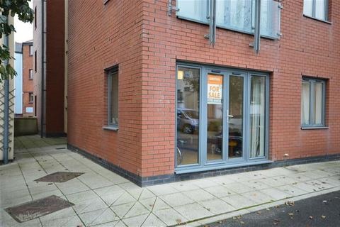 2 bedroom flat to rent - St Christophers Court, Swansea, Swansea