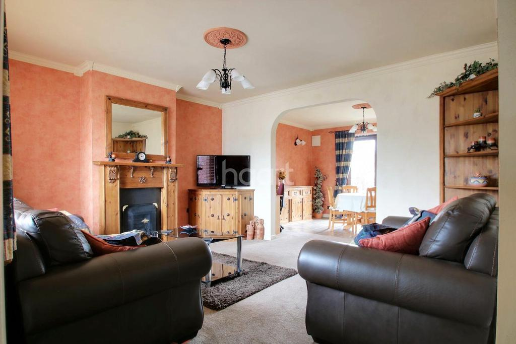 2 Bedrooms Bungalow for sale in Watson Avenue, Chatham