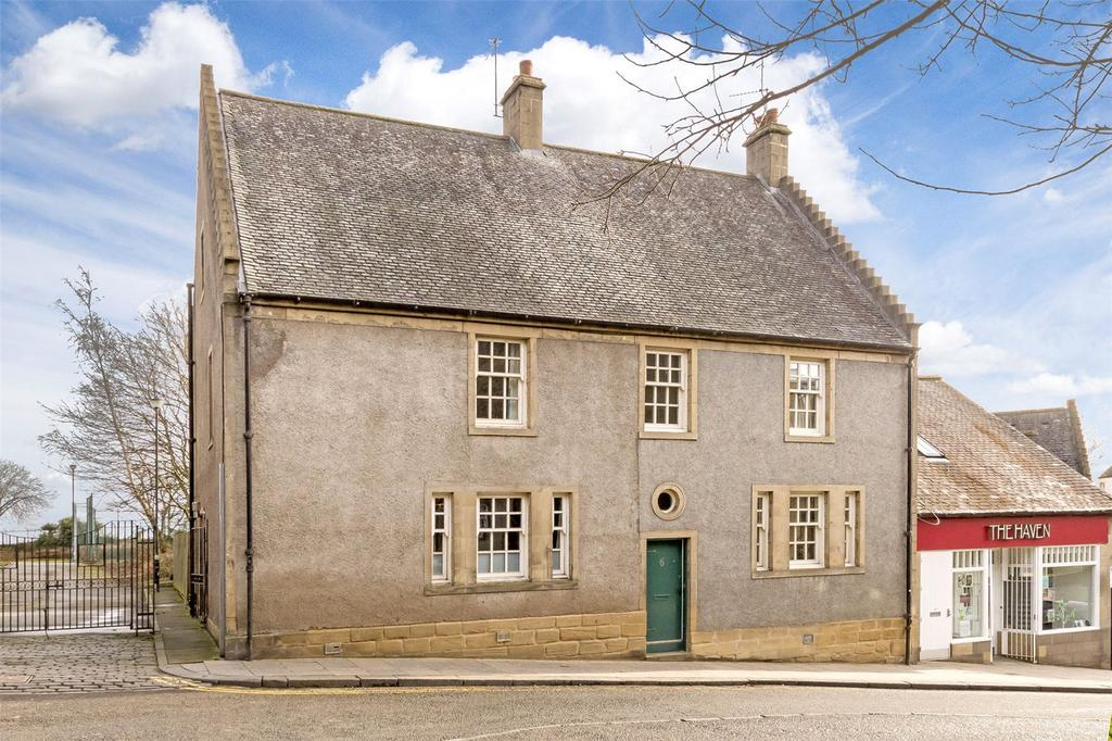 3 Bedrooms Semi Detached House for sale in 8 Bow Street, Stirling, Stirlingshire, FK8