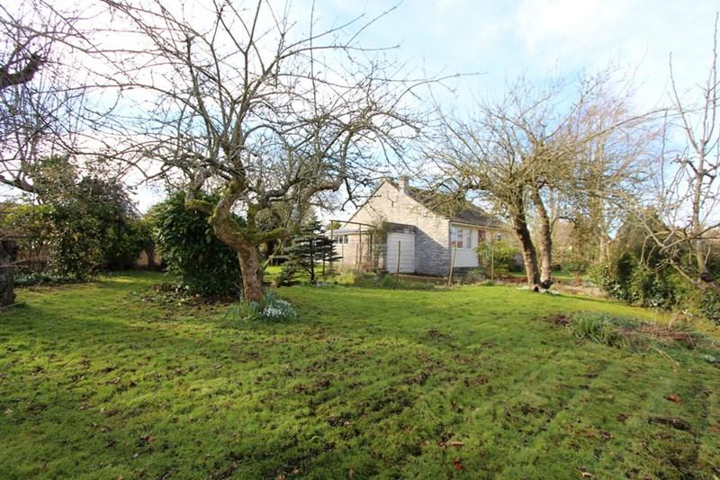 2 Bedrooms Detached Bungalow for sale in Kingston, Hazelbury Bryan, Dorset