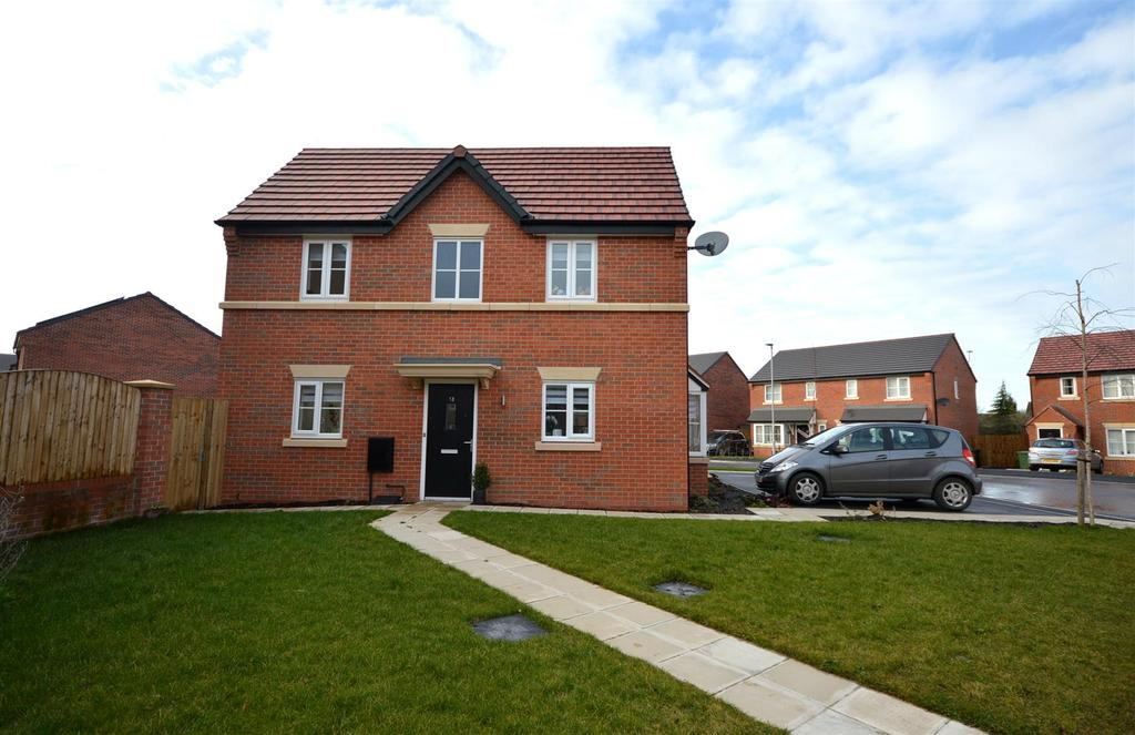 3 Bedrooms Terraced House for sale in Clive Way, Middlewich
