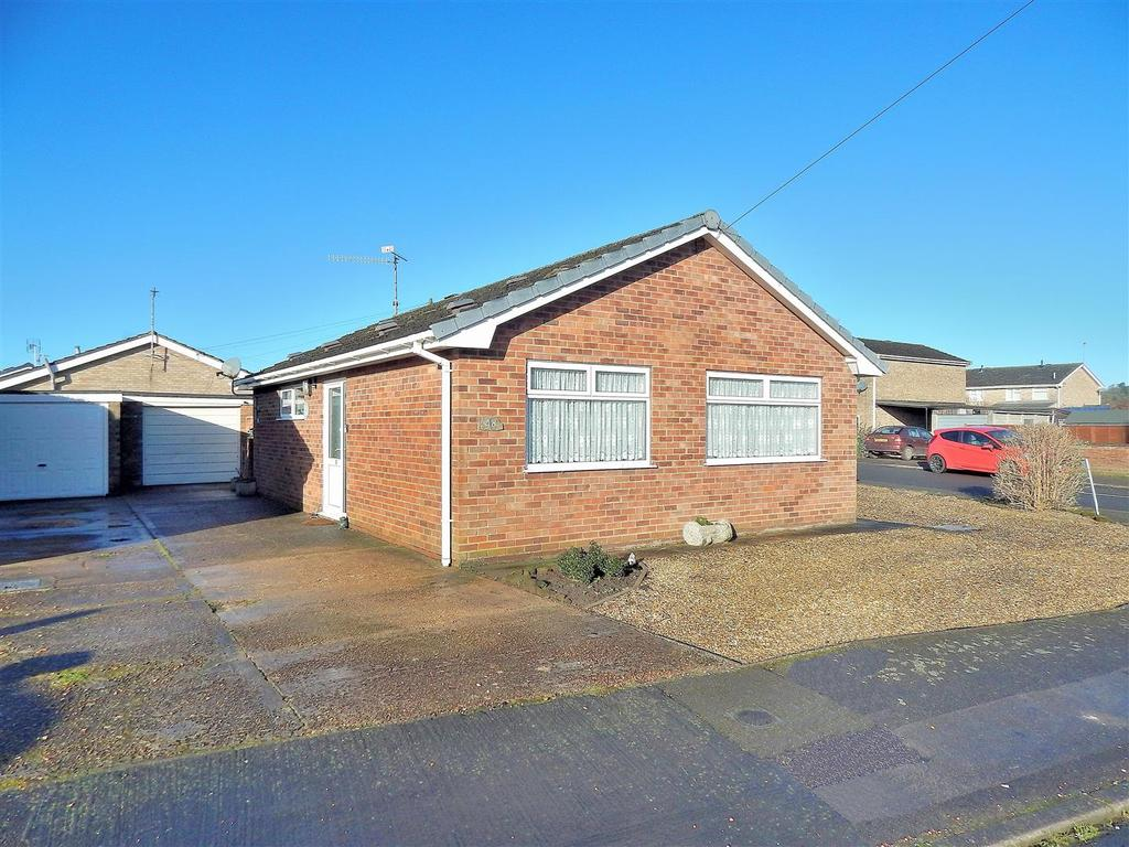 2 Bedrooms Detached Bungalow for sale in Goose Green Road, Snettisham, King's Lynn