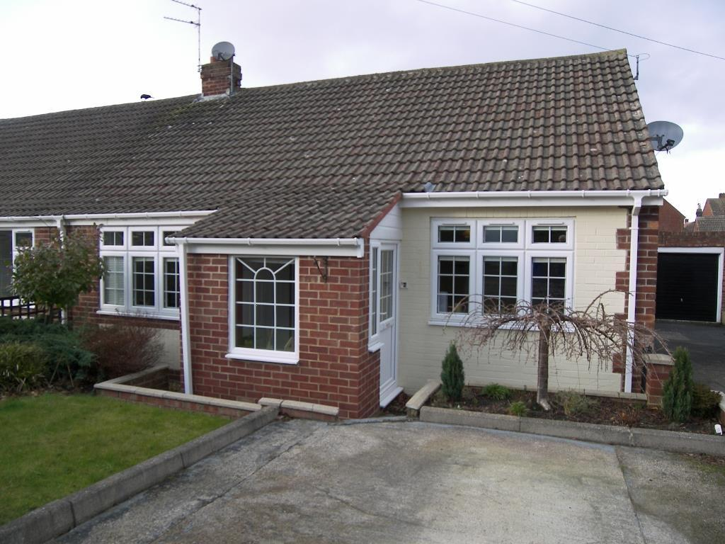 2 Bedrooms Semi Detached Bungalow for sale in Westfield, Morpeth