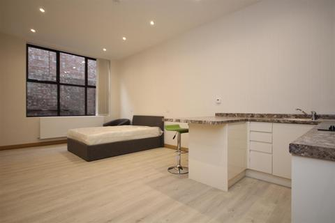 Studio to rent - North Acton Road, North Acton, NW10 7AY