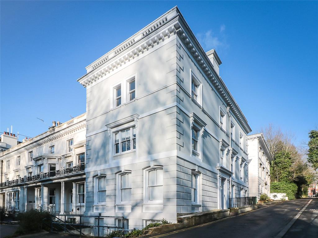 4 Bedrooms End Of Terrace House for sale in London Road, Tunbridge Wells