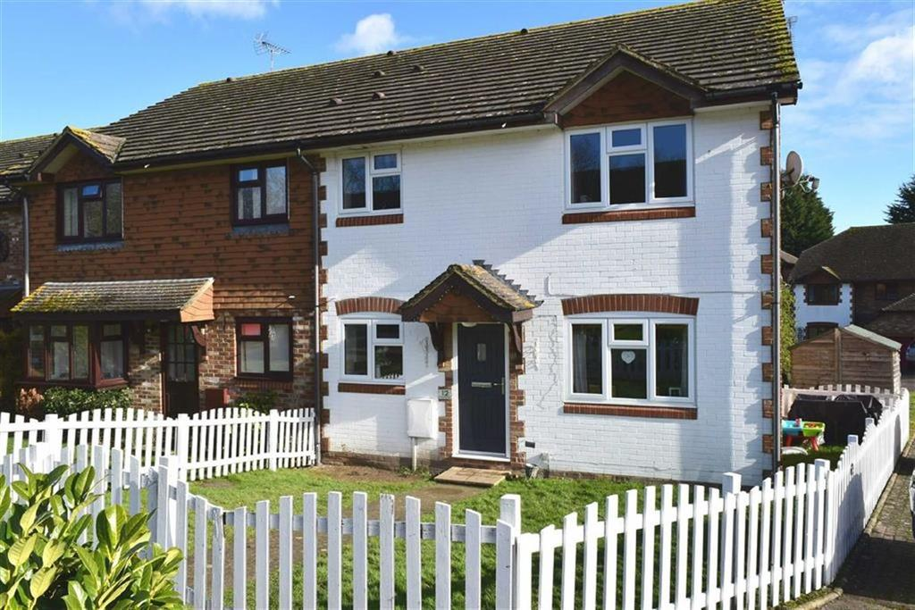 2 Bedrooms End Of Terrace House for sale in Robinwood Drive, Seal, TN15