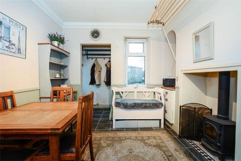 3 bedroom semi-detached house to rent - Priors Walk, YORK