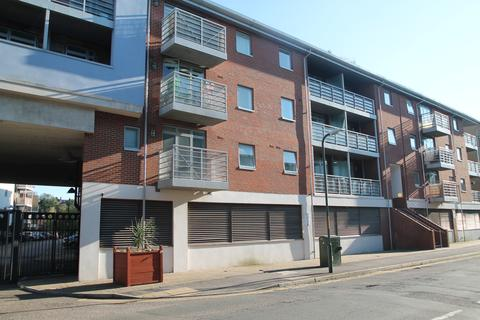 1 bedroom apartment to rent - Kingfisher Meadow, Maidstone, Kent, ME16 8RB
