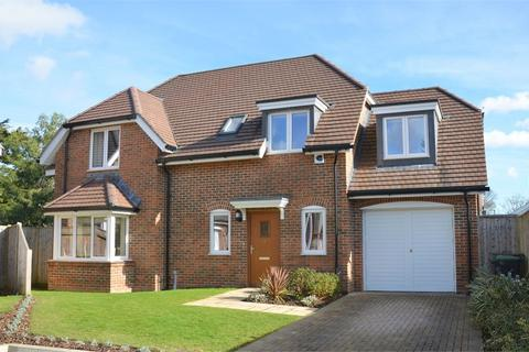 4 bedroom detached house for sale - Ranulf Place, Cross Way, Christchurch