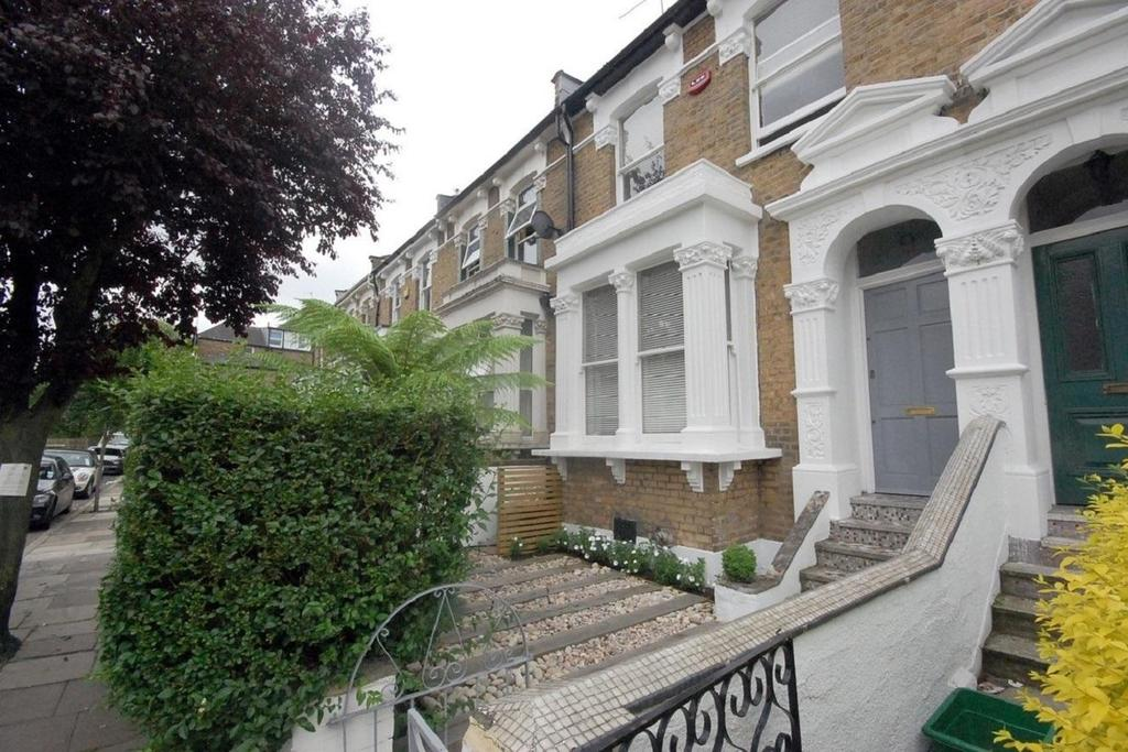 4 Bedrooms Terraced House for sale in Coningsby Road, Finsbury Park
