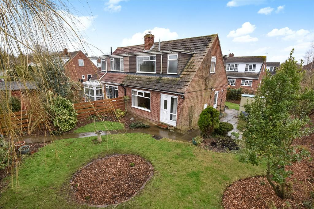 3 Bedrooms Semi Detached House for sale in Rookery Road, Healing, DN41