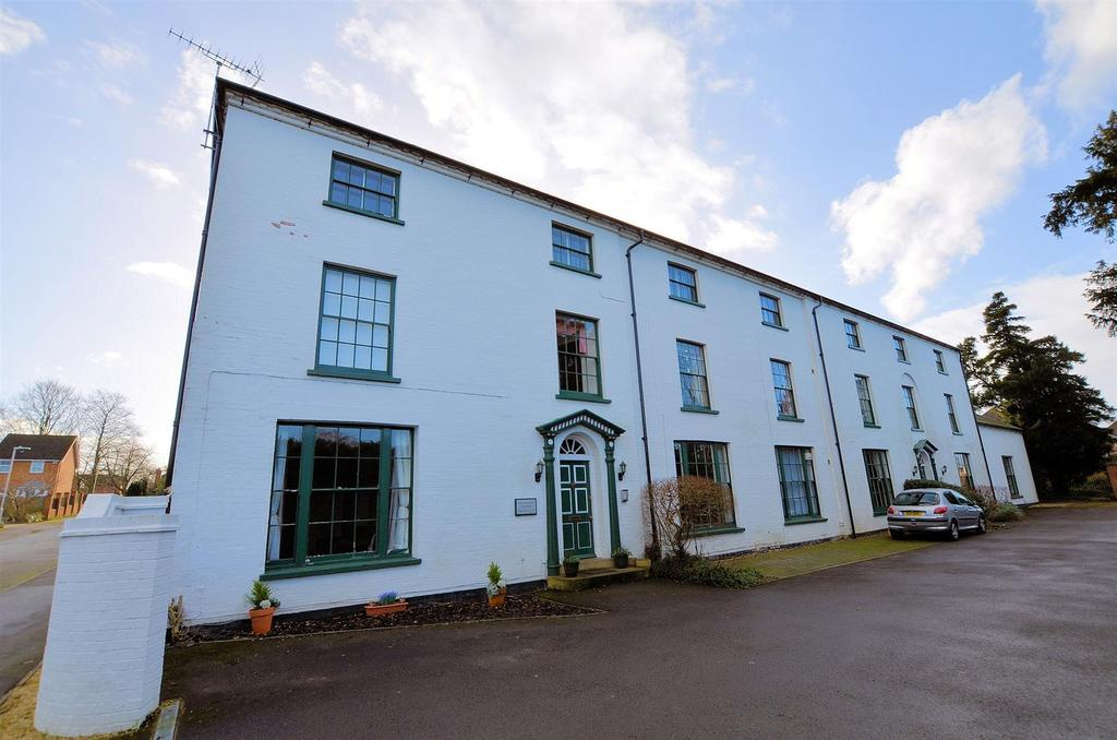 1 Bedroom Apartment Flat for sale in Trenthams Close, Purley On Thames, Reading