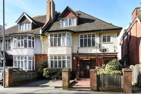 2 bedroom flat for sale - Vernon Gardens Brighton East Sussex BN1