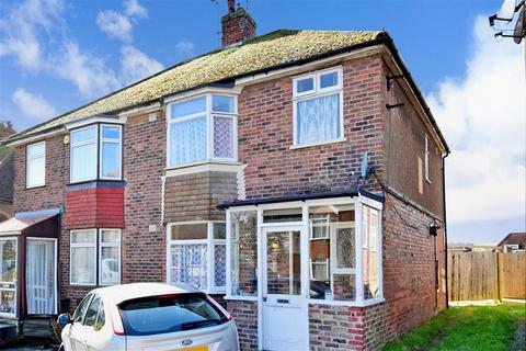 3 bedroom semi-detached house for sale - Craignair Avenue, Patcham, Brighton, East Sussex